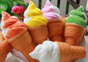tour de magie : Sponge Ice Cream Cone Multicolour (Pair Set)