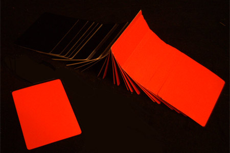 Red color manipulation cards